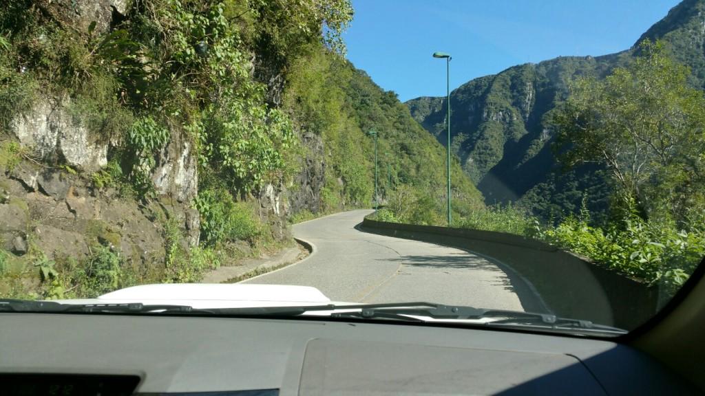1 Mirante da Serra do Rio do Rastro - viajando em 3.. 2.. 1.. - subindo a serra