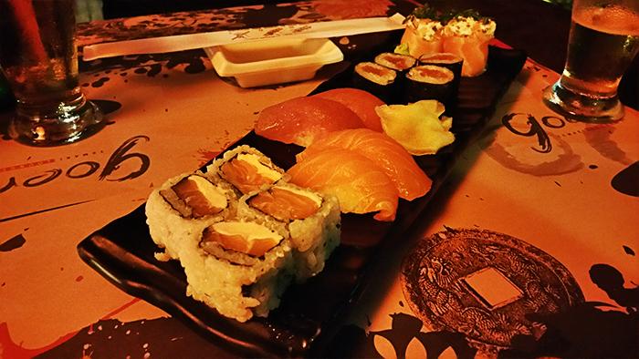 4 - Viajando em 3.. 2.. 1.. - Goen Temaki Lounge - Praia do Rosa - Sushi
