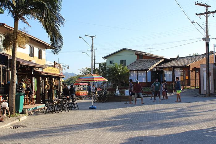 g-viajando em 3..2..1.. - guarda do embaú - o que fazer na guarda- esportes-surfe-stand up - restaurantes- por do sol- praia