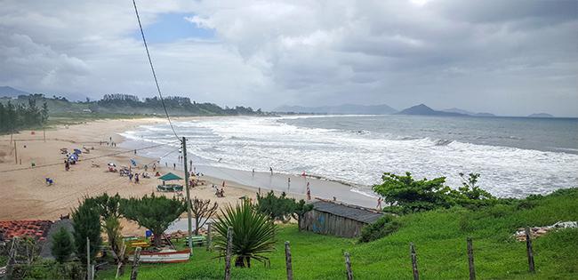 Gamboa-3-viajando-em-3-2-1-praias-de-garopaba-santa-catarina