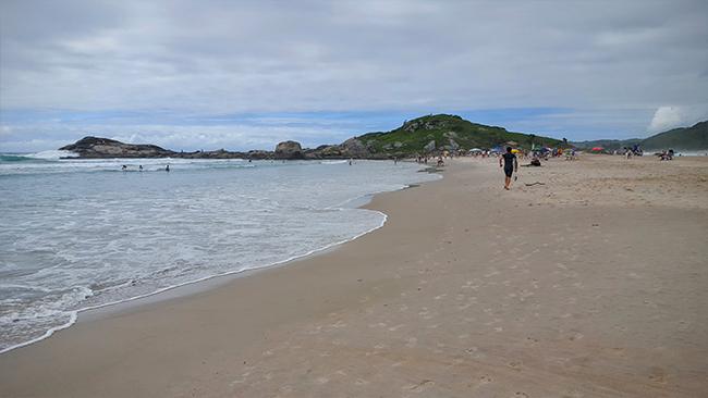 ferrugem-2-viajando-em-3-2-1-praias-de-garopaba-santa-catarina