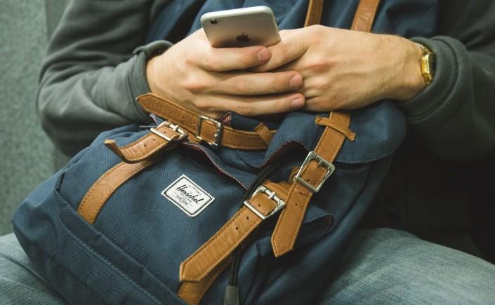 capa-viajando-em-321-aplicativos-uteis-durante-viagens