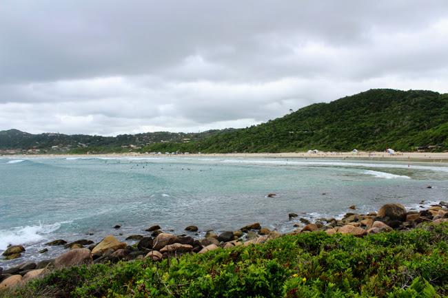 9-blog-viajando-em-321-como-fazer-a-trilha-da-praia-vermelha-praia-do-rosa-santa-catarina